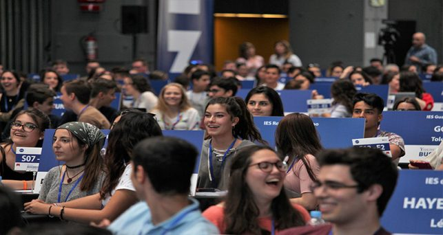 342-estudiantes-toda-espana-llegan-la-final-del-programa-emprendimiento-young-business-talents