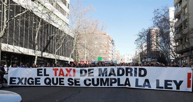 arranca-huelga-taxistas-pretende-parar-madrid-exigir-regulacion-vtc