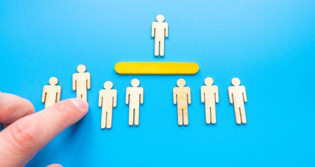 atraer-retener-liderar-empleados-alto-rendimiento