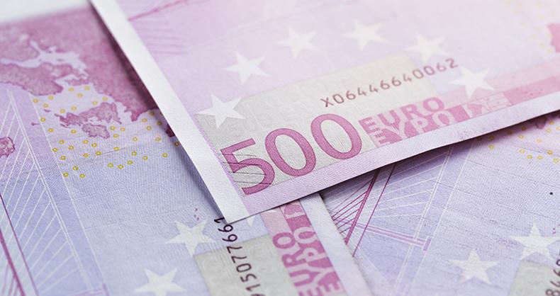 billetes-500-100-euros-circulacion-espana-marcan-nuevos-minimos-historicos