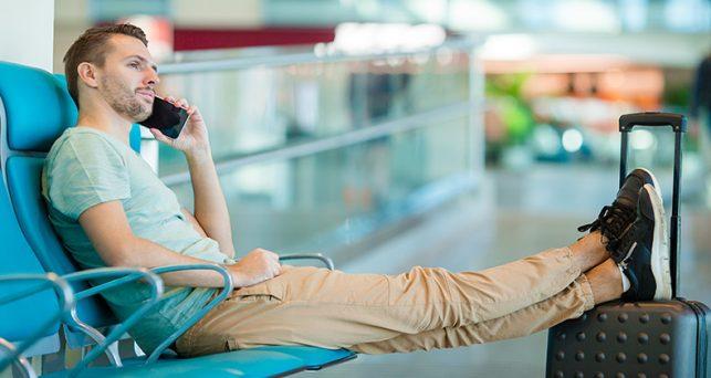 cinco-claves-para-ahorrar-en-telefonia-movil-cuando-viajas