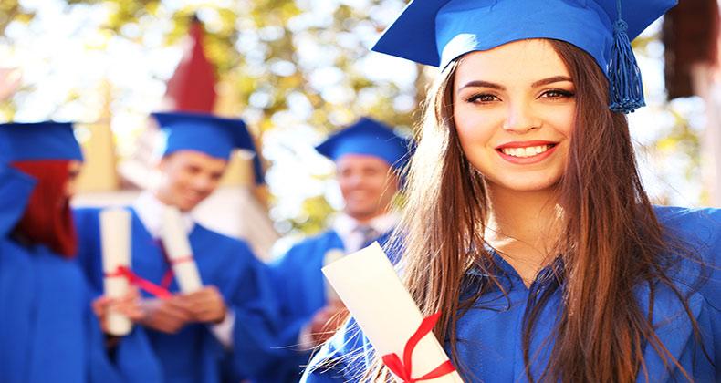 conseguir-empleo-estudios-universitarios