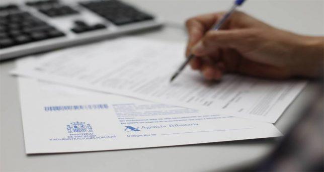 contribuyentes-podran-acceder-desde-este-viernes-datos-fiscales-la-app-la-renta-2018