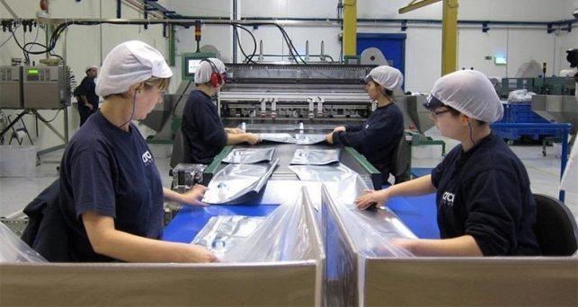 coste-laboral-hora-trabajada-industria-15-por-ciento-mas-bajo-espana-ue
