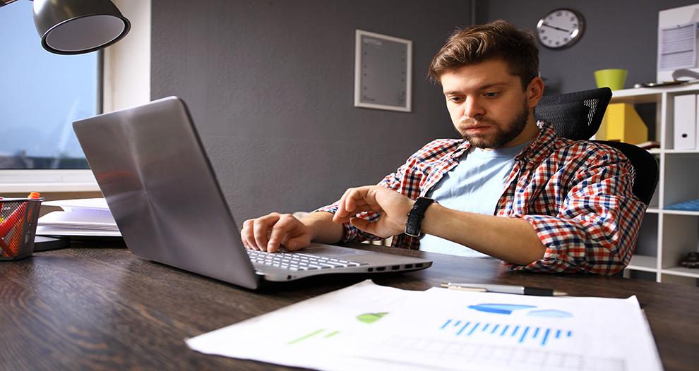 gobierno-estudia-reconocer-derecho-desconexion-digital-acabe-jornada-trabajo