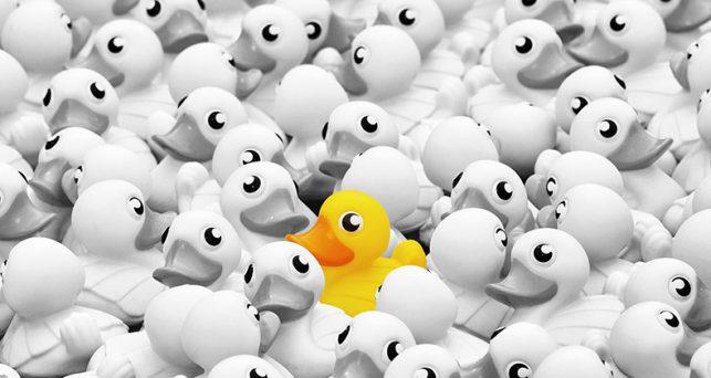hacer-producto-destaque-entre-multitud