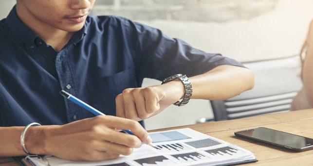 la-inspeccion-trabajo-no-multara-inicialmente-las-empresas-sin-registro-horario-esten-negociandolo