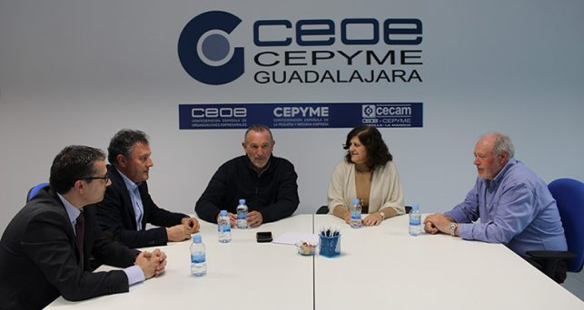 la-presidenta-ceoe-cepyme-guadalajara-los-secretarios-generales-ugy-ccoo-mantienen-encuentro-abogando-dialogo-social