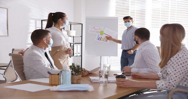 lenguaje-corporal-lugar-trabajo-proyectar-confianza