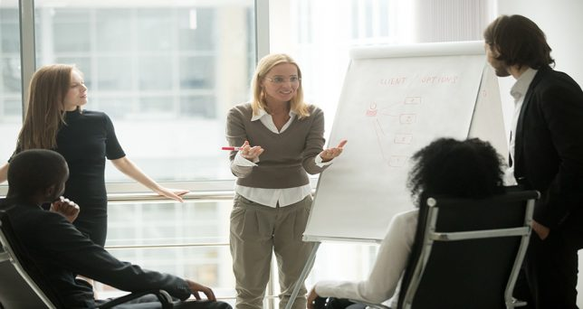 mujeres-formacion-superior-esta-trabajando