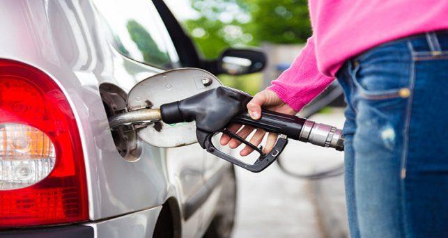 precio-gasoleo-gasolina-se-abarata-marca-nivel-mas-desde-abril