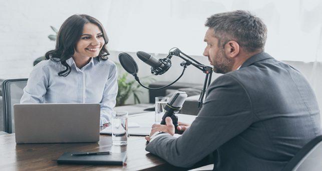 preparar-entrevista-tv-radio-podcast