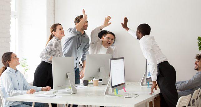 ultimas-tendencias-para-mejorar-la-productividad-gracias-al-cuidado-de-la-salud-de-los-empleados